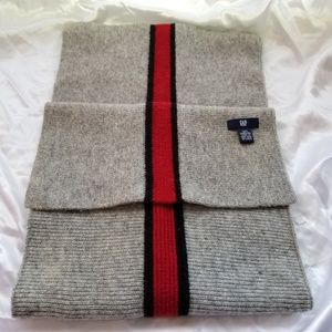 Men's Gap 100 % Lambs wool Scarf